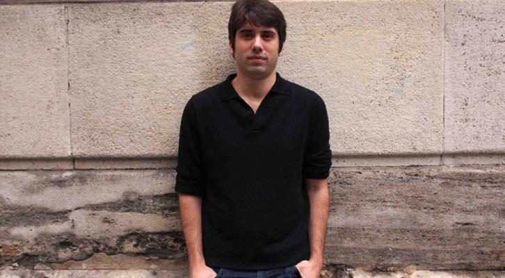 Carlos Madrid, director del Festival Internacional de Mediometrajes La Cabina. Fotografía: Gala Font de Mora.