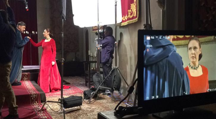 Un momento del rodaje en el Castillo de Benisanó de la obra 'Matar al rey', de Arden, dirigida por Vicente Monsonís. Imagen cortesía del autor.