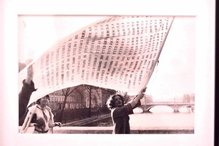 """Imagen perteneciente al políptico """"Dissolution dans l'eau Pont Marie - 17 heures"""" (1978)."""