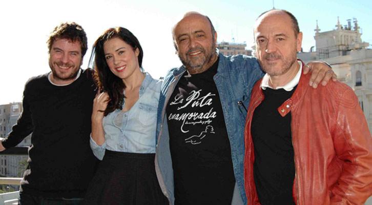De izquierda a derecha, Javier Collado, Eva Marciel, Jesús Castejón y Chema Cardeña, durante la presentación de 'La puta enamorada' en el Teatro Rialto. Imagen cortesía de Sala Russafa.