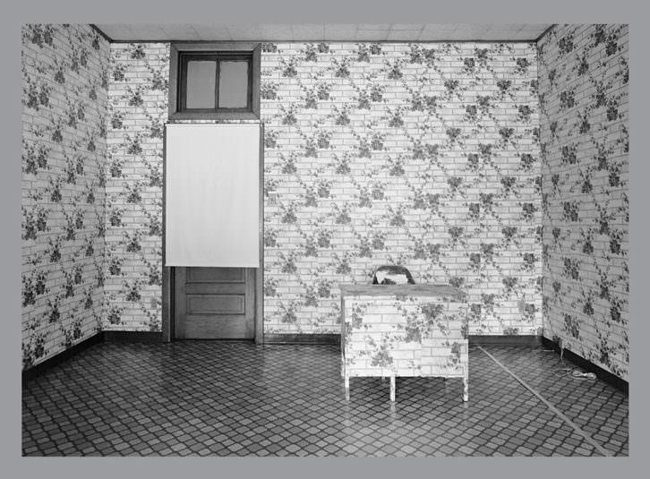 Lynne Cohen. Exposición organizada por Fundación Mapfre y Sala Rekalde.