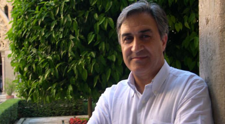 José Luis Corral, autor junto a Antonio Piñero de 'El trono maldito'. Editorial Planeta.