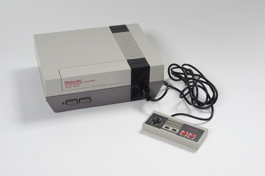 Nintendo en la exposición 'Del Tilt al Byte. Videojuegos'. Cortesía del MuVIM.