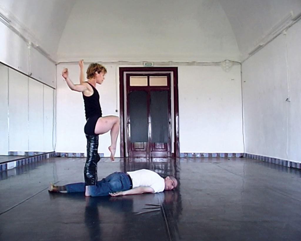 Javier Núñez Gasco. Prótesis para una bailarina. Cortesía del artista.