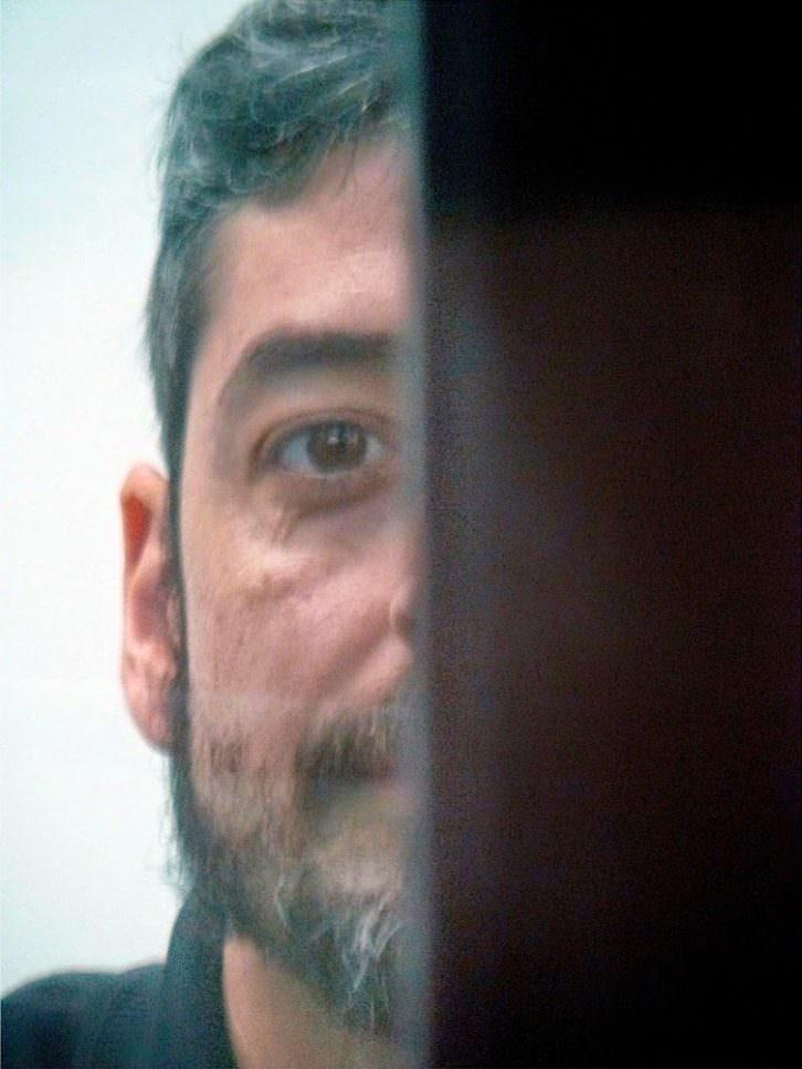 Javier Marisco, director de El cadencioso movimiento de los vagos, en Cinema Independent Valencià, retratado por Pedro Hernández.