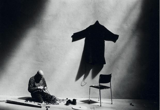 "Christian Boltanski, ""Lichtmesz"", Kunst-Station Sankt Peter, Cologne, 2001 Imagen cortesía de la organización"