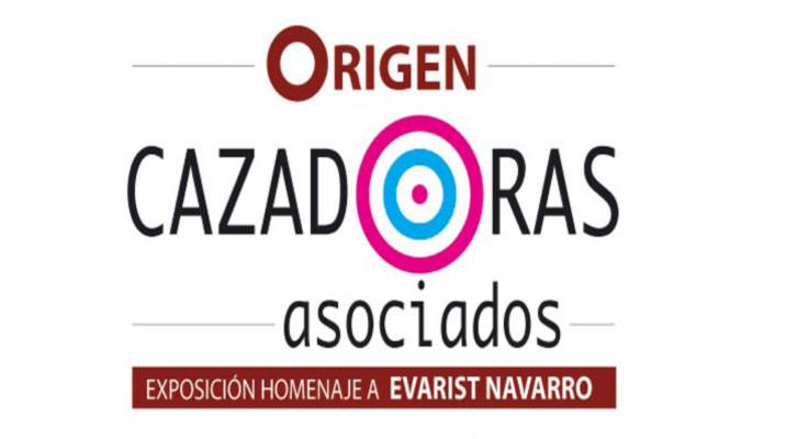 Tarjeta del homenaje que Cazadoras Asociados rinde a Evarist Navarro.