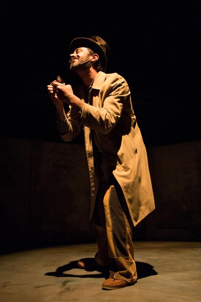Una escena de 'El cazador de vientos', de Toñi Forascepi, en Sala Off. Fotografía: Cecilia Cristolovean.