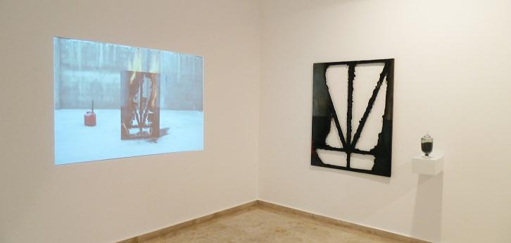 Hugo Martínez-Tormo. Trialogue, 2010. Instalación audiovisual. Cortesía del artista.