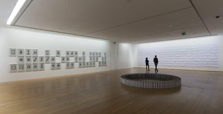 Exposición Unos y ceros. Ignacio Uriarte. Imagen cortesía MARCO