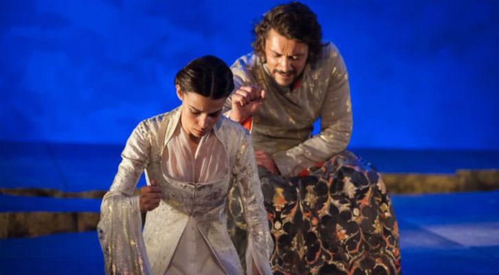 Escena de 'La hermosa Jarifa', de Borja Rodríguez. Imagen cortesía de Teatro Flumen.