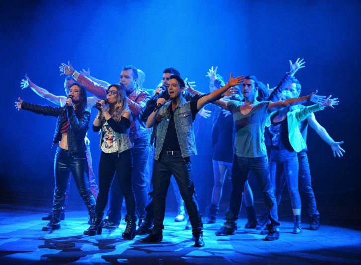 Escena de 'La fuerza del destino', espectáculo homenaje a Mecano. Imagen cortesía de Teatro Olympia.