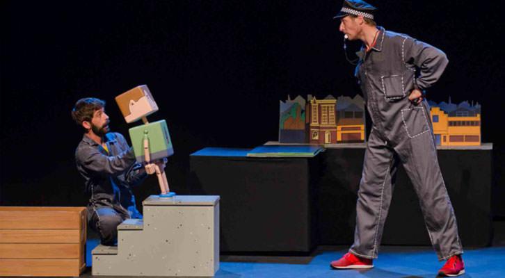Escena de Mr. Kidd, del grupo Bambalina. Imagen cortesía del Centre Teatral Escalante de la Diputación de Valencia.