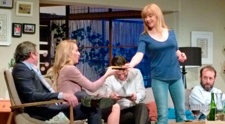 Una escena de El Nombre. Cortesía de Teatro Olympia.