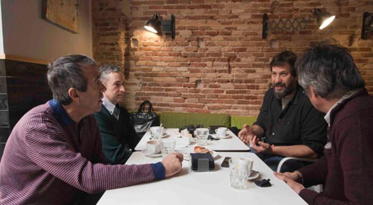 De izquierda a derecha, Salva Torres, José Luis Pérez Pont, Sergi Pitarch y Vicente Chambó, durante los Desayunos Makma de Lotelito. Fotografía: Fernando Ruiz.