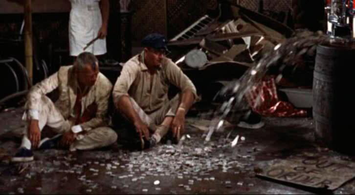 Fotograma de 'La taberna del irlandés', de John Ford, película que figura entre los futuribles análisis de González Requena, referida en 'El texto y el abismo', de Maite Gobantes.