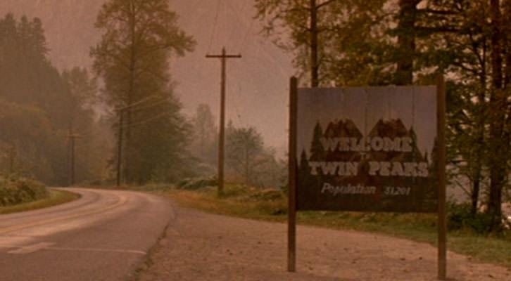 Imagen de la serie televisiva 'Twin Peaks', analizada por Jesús González Requena y cuya referencia aparece en el libro 'El texto y el abismo', de Maite Gobantes.