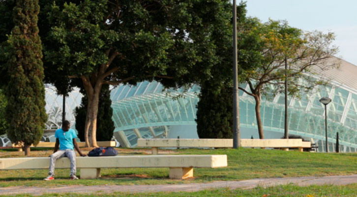 Fotograma de Barcelone ba Barsakh, de Nacho Gil y Cristina Vergara. Imagen cortesía de los autores.