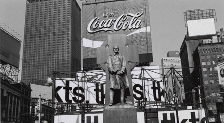 Fotografía de Lee Friedlander en la exposición Colección Fotográfica del IVAM.