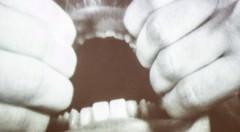 Una de las imágenes de Nauman en la exposición 'Cuerpo, Espacio y Tiempo en Bruce Nauman'. Cortesía del IVAM.