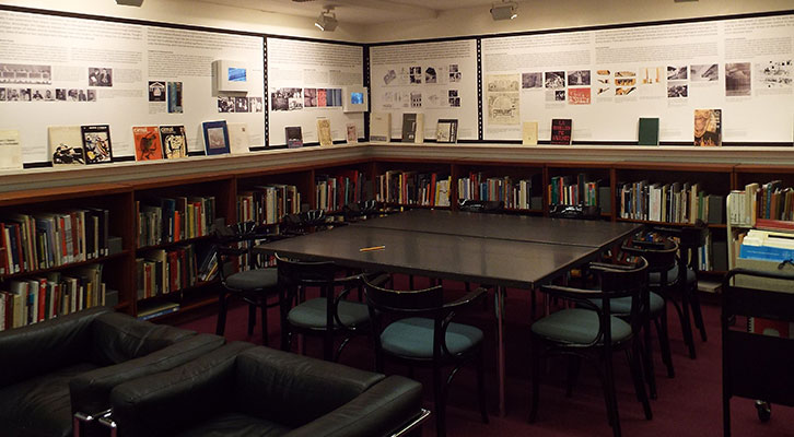 Imagen de la exposición de Manuel López Segura en la Universidad de Harvard. Cortesía del autor.