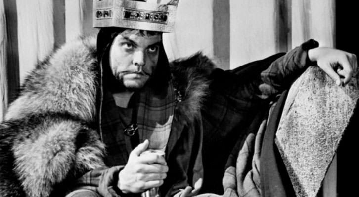 Fotograma del 'Otelo' de Orson Welles, que la Sala Russafa acoge en versión de Kalicnicta Teatre.