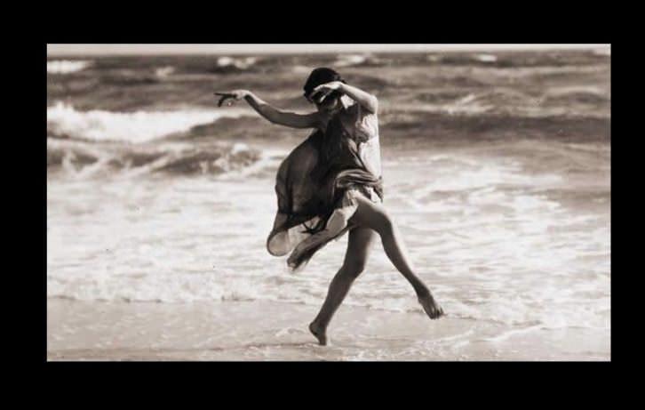 Danzar en precario, estudio promovido por la Asociación de Profesionales de la Danza en la Comunidad Valenciana. Imagen cortesía de la APDCV.