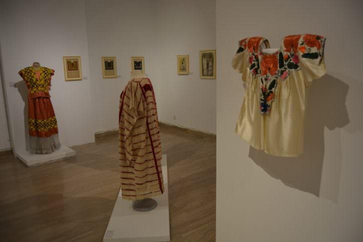 Imagen de la exposición sobre Manuela Ballester en el Museo Nacional de Cerámica. Cortesía del museo.