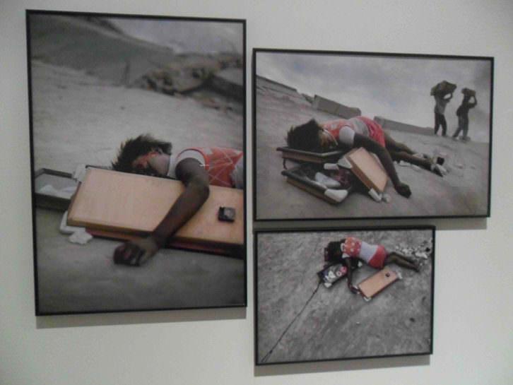 Fotomontaje de las imágenes de Nathan Weber en 'Fragments #0'. La Nau de la Universitat de València.