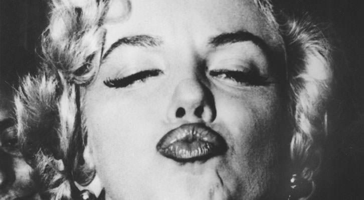 Marilyn Monroe fotografiada por Weegee, al que se dedica una exposición en el MuVIM dentro de Valencia Negra.
