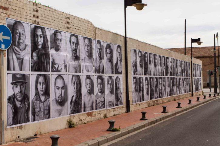 Instalación de Jorge López en el Cabanyal, Valencia. Cortesía del artista.