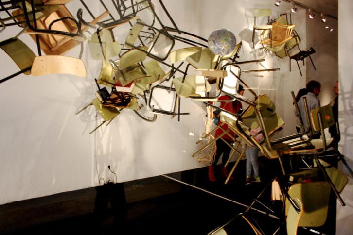 Isidro López-Aparicio. Funambulismo educativo, estructuras formativas, 2015. Cortesía Galería pazYcomedias.