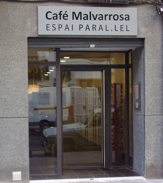 Fachada del Café Malvarrosa, en Historiador Diago. Imagen del 'face' de Café Malvarrosa Espai Paral.lel.