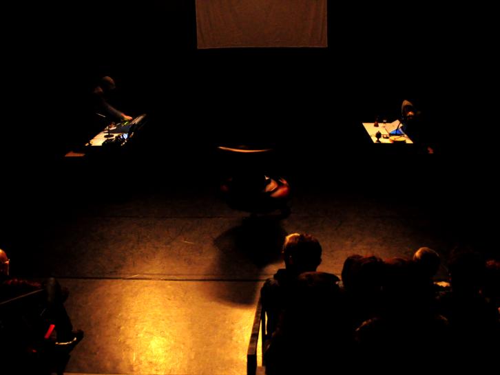 Escena de la Onironauta en el Espai Inestable (Valencia). Cortesía de Teatro de LaCatrina