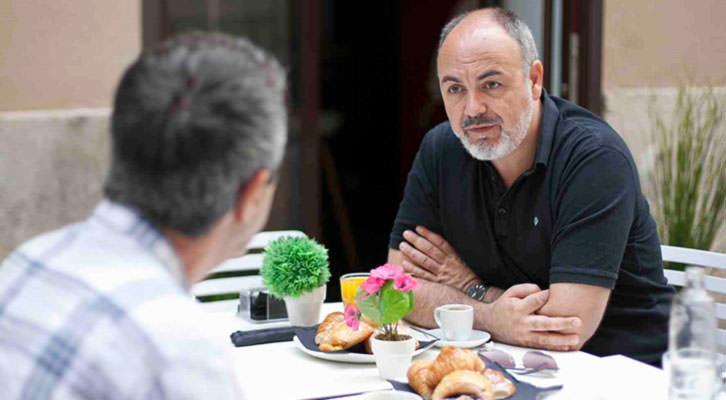 Rafael Maluenda, en un momento de la entrevista. Fotografía: Fernando Ruiz.