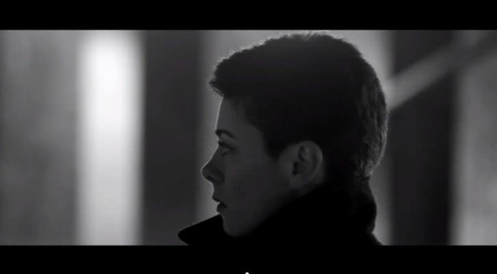 Imagen del video realizado por Stella Blasco y Jordi Todolí perteneciente a uno de los temas de su último disco The Last Memories. Cortesía de Ambros Chapel.