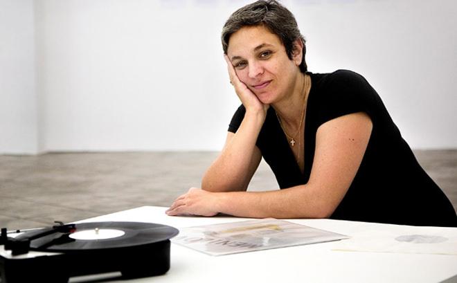 La artista, Dora García. 2011. Cortesía de Initiart Magazine.