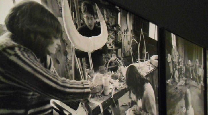 Fotografías del proceso de elaboración de los muñecos de Joan Miró para el espectáculo Mori el Merma. Centro del Carmen de Valencia.