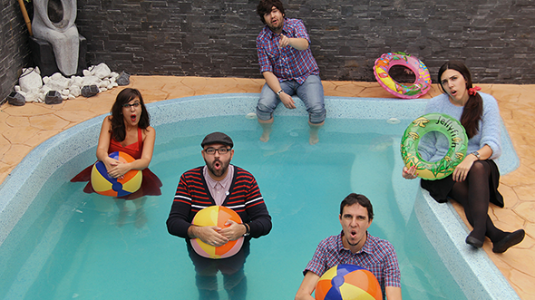 Capitán Sunrise es un grupo indie pop. Su primer disco lleva por título Instrucciones para silbar bajo el agua. Cortesia Frinje15, Festival de Artes Escénicas