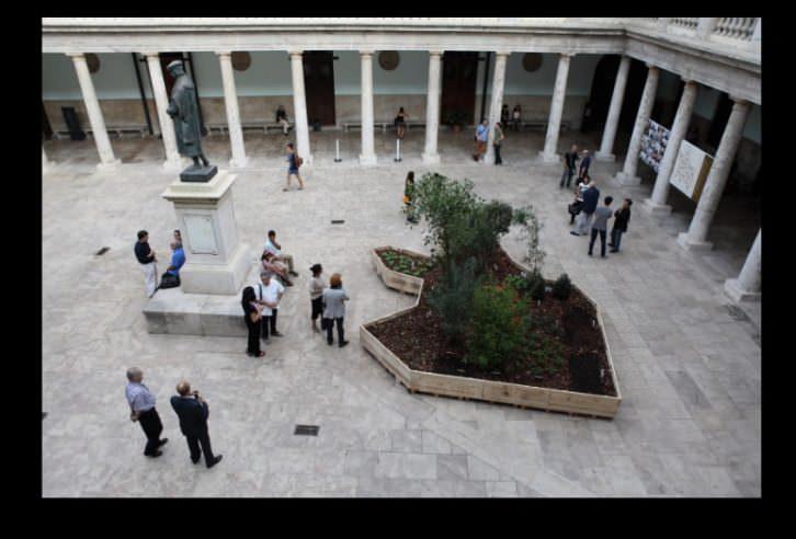 Vista del jardín de Juanli Carrión en el Claustro de La Nau. Cortesía del Centre Cultural La Nau.
