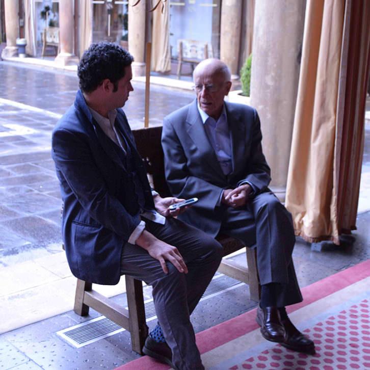 Emilio Lledó entrevistado por Jose Ramón Alarcón.