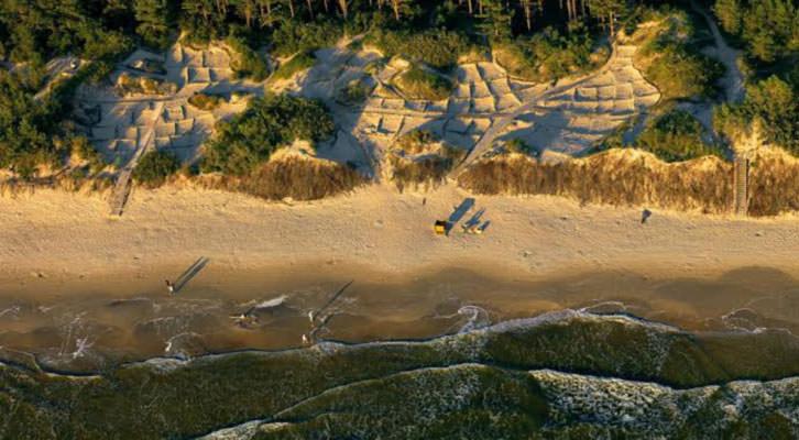 Fotografía aérea de Marius Jovaisa. Imagen cortesía del MuVIM.