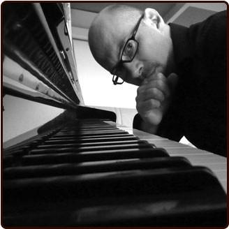 El pianista francés Laurent Coq. Imagen cortesía de Jimmy Glass.