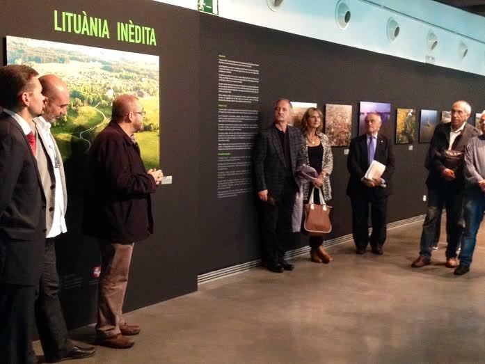 Inauguración de 'Lituania inédita', de Marius Jovaisa. Imagen cortesía del MuVIM de la Diputación de Valencia.