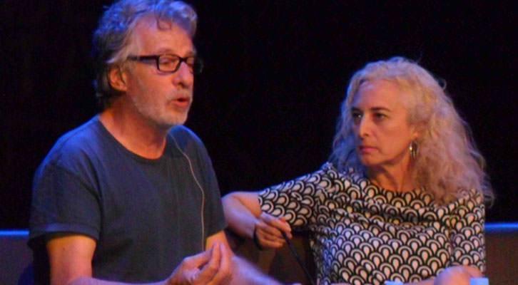 Javier Mariscal, en un momento de la conversación con Mariola Cubells, en Espai Rambleta.