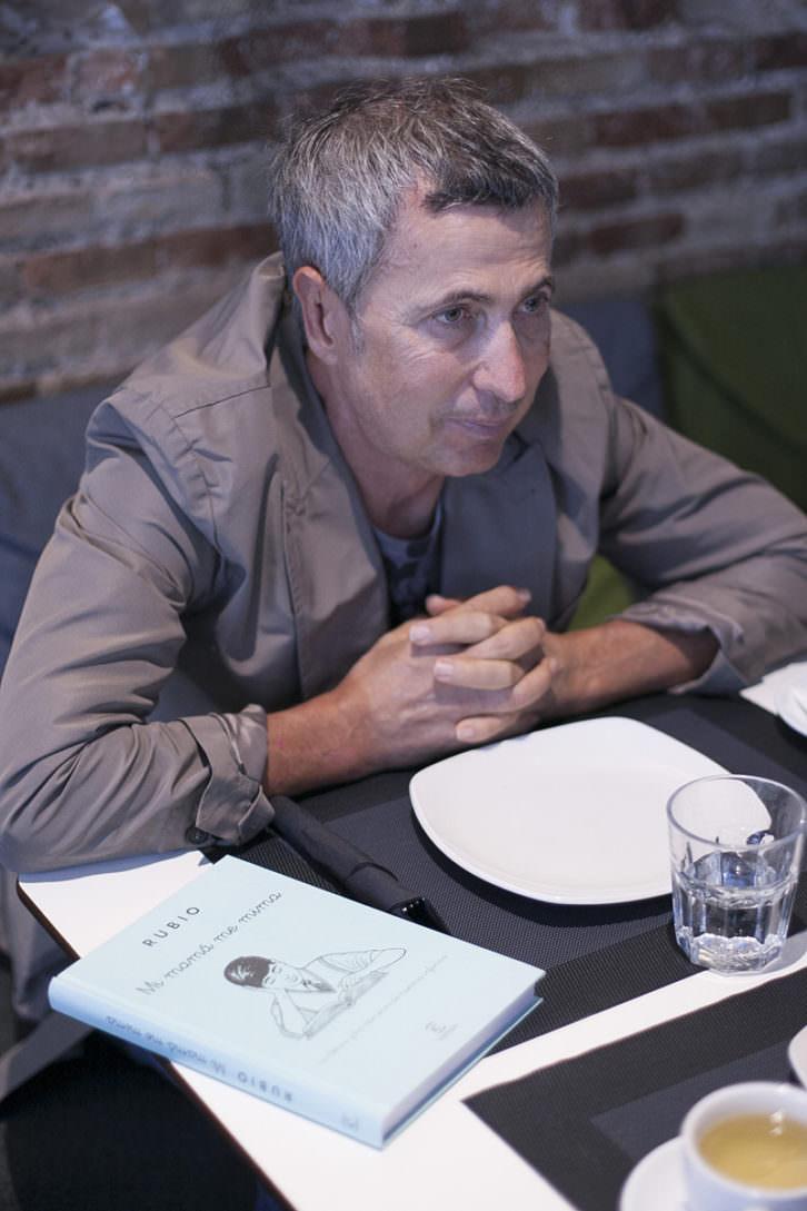 Enrique Rubio, en un momento de los Desayunos Makma en Lotelito. Fotografía: Fernando Ruiz.