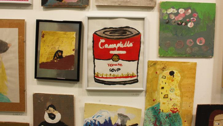 La lata de sopa Campbells de Warhol, entre el perro semihundido de Goya y el beso de Klimt