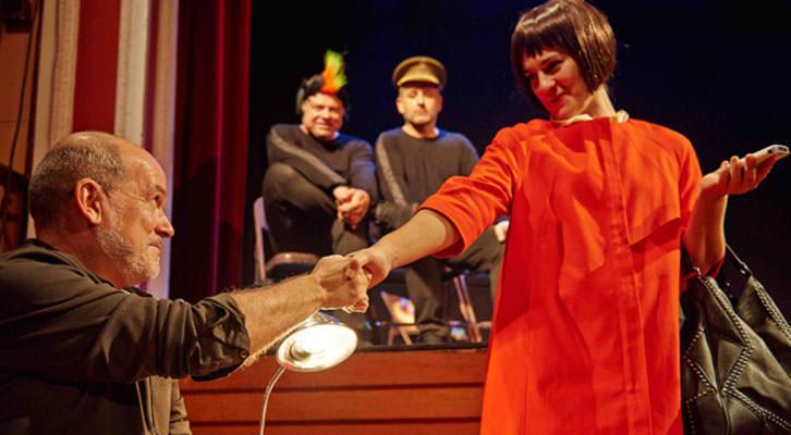 La crazy class, de L'Om Imprebis. Imagen cortesía de Teatre Talía.