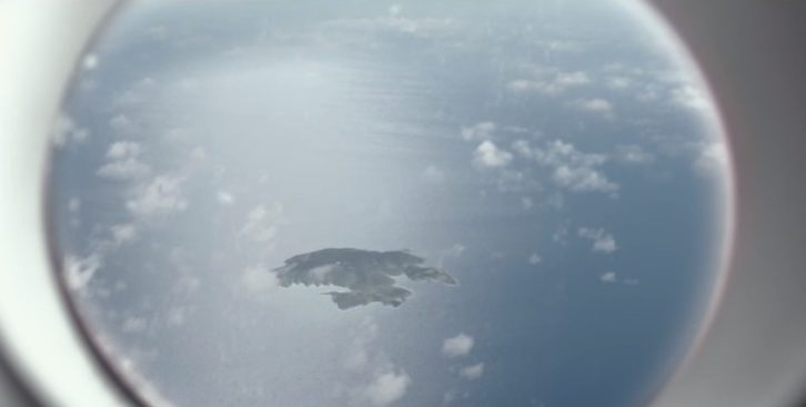 Fotograma de La isla a mediodía, de Philippe Prouff. La Cabina.