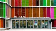 Fachada del MUSAC.